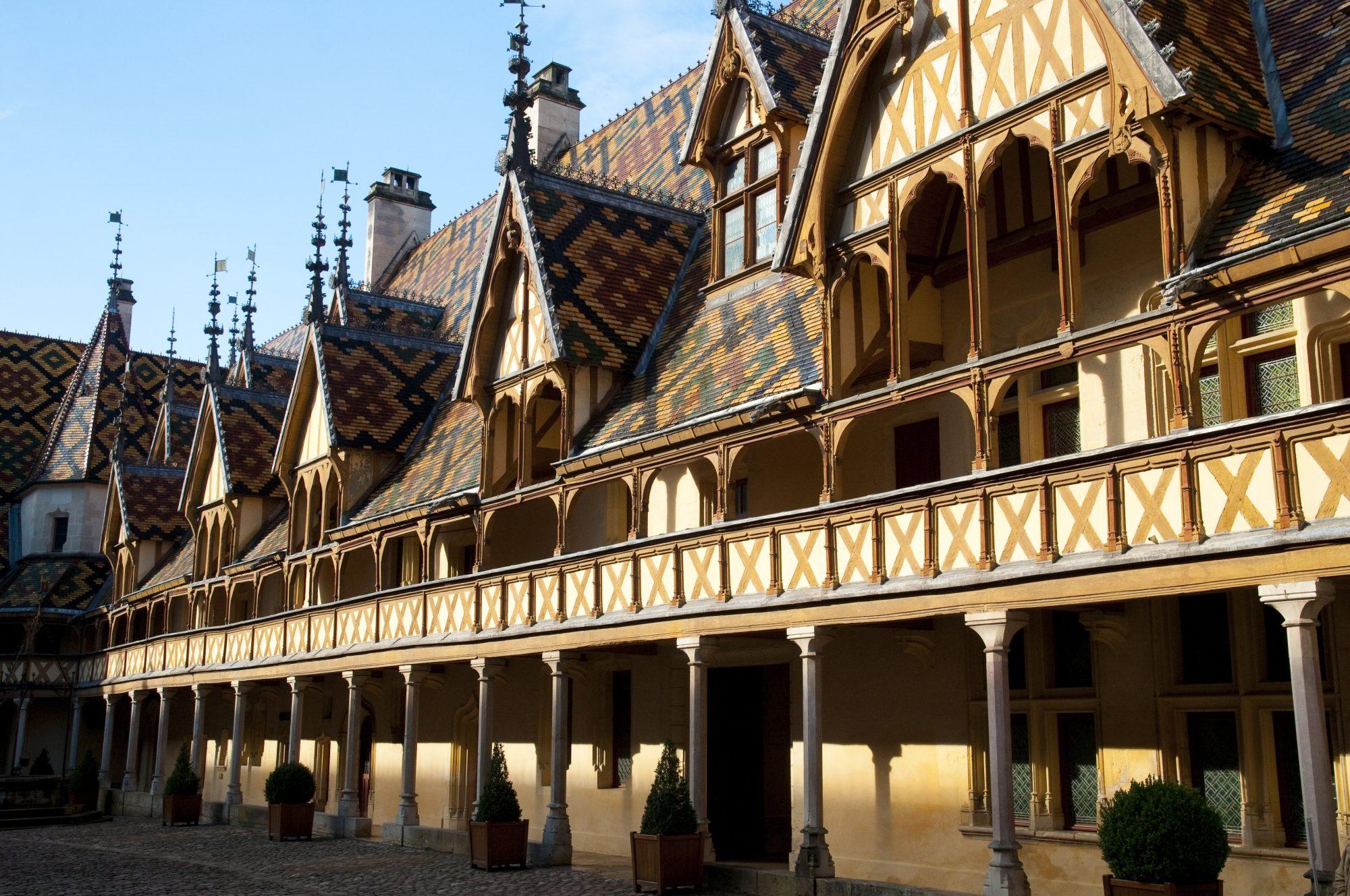 Château de Pommard Beaune Market